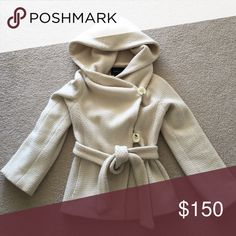 BCBG MaxAzria coat Hood & 2 pockets. Excellent condition with some pulling. BCBGMaxAzria Jackets & Coats