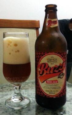 Cerveja Buzzi Red Ale, estilo Irish Red Ale, produzida por Cervejaria Buzzi, Brasil. 6% ABV de álcool.