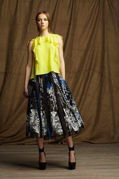 Ruffles  BCBG Max Azria Pre-Fall 2013 #style #fashion
