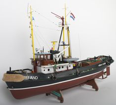 Scale Model Ships, Scale Models, Tugboats, Flying Boat, Wooden Ship, Boat Plans, Tall Ships, Sailing Ships, Building