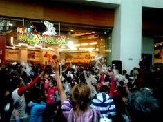 Super distractie pentru pitici la Petrecerea Noriel de la Afi Cotroceni! - http://www.outlet-copii.com/outlet-copii/jucarii-copii/super-distractie-pentru-pitici-la-petrecerea-noriel-de-la-afi-cotroceni/ - Noriel este printre cele mai mari magazine de jucarii din tara si spunem acest lucru nu numai pentru ca sunt profesionisti in distributia de jucarii atat in magazine clasice dar si online ci si pentru ca si isi rasfata micii clienti cu orice ocazie! Au multe promotii si