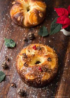 Smak Hiszpanii: Hiszpańskie ciasto drożdżowe na Święto Trzech Króli, czyli Roscón de Reyes
