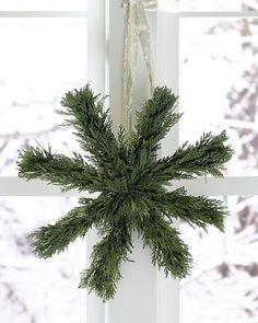 Preserved-Cedar Holiday Star Wreath