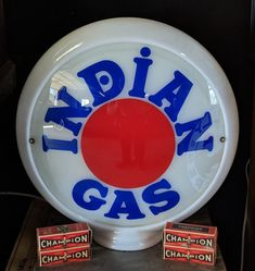 Mint Original Indian Gas Globe Pompe A Essence, Vintage Gas Pumps, Gas Company, Old Gas Stations, Indian Motorcycles, Sign Sign, Advertising, Ads, Jeep Truck