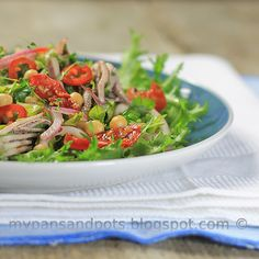 Spicy calamari salad with chickpea