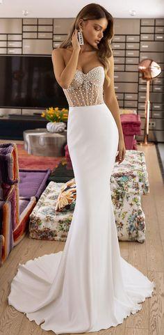 Satin Mermaid Wedding Dress, Slip Wedding Dress, Simple Wedding Gowns, Sheath Wedding Gown, V Neck Wedding Dress, Sweetheart Wedding Dress, Wedding Dress Trends, Simple Dresses, Pretty Dresses