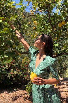 """""""Phoebe Tonkin vacationing in Mallorca """" Summer Vibes, Summer Feeling, Mode Ootd, European Summer, French Summer, European Travel, Summer Dream, Summer Aesthetic, Aesthetic Girl"""