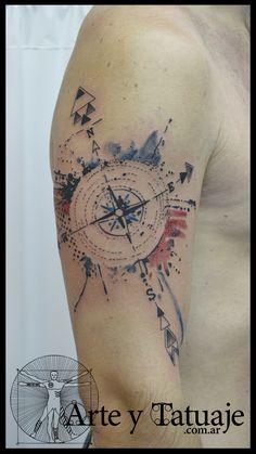 Tatuaje rosa de los vientos. Nuestro estudio está ubicado en la Avda. del Libertador 184, capital, frente a Retiro. Trabajamos con citas, llamando al 4312-4645 #arteytatuaje #tattoos #estudioarteytatuaje #tattoo #tattooart #tattoolife #tattoostudio #argentina #buenosaires #bue #bsas #retiro #ink #art #inked #tattooed