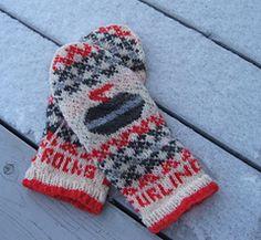 Ravelry: Curling Rocks Mittens pattern by Freshisle Fibers Knitting Yarn, Knitting Patterns, Crochet Patterns, Fingerless Mittens, Knit Mittens, Curling Stone, Curls Rock, Crochet Wool, Mittens Pattern