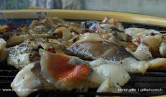 This lambi grille recipe uses as little spices as possible to as to retain the sweet flavor of the lambi. Seafood Dishes, Seafood Recipes, Conch Recipes, Hatian Food, Grilling Recipes, Cooking Recipes, Caribbean Recipes, Caribbean Food