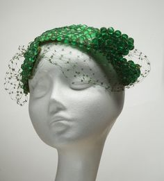 Bes-Ben 'Beads' hat | United States, 1950's | Materials: plastic beads, velvet wire, netting | Indianapolis Museum of Art