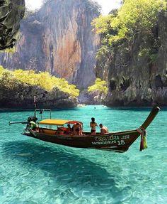 Maya Bay - Phi Phi Islands, Thailand