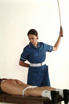 Deutsches hausgemachtes reifes Krankenschwester-Rollenspiel