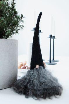 Kerst Gnome kijk voor vilt en krulletjeswol eens op Kijk voor vilt eens op www.bijviltenzo.nl