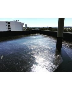Durotech fluid applied black urethane a perfect choice for all planter boxes and Retianing walls. Now available in a green roof anti root grade. Contact us today to find out more🇦🇺👌💧 #40years #Australianmade #solution #driven #innovation