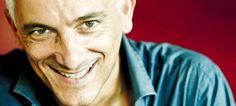 """Intervista a Bungaro by http://velvetmusic.it/2013/01/17/conversando-con-tony-bungaro-guardastelle-scritta-per-lucio-dalla/#  """"Mengoni mi è immediatamente sembrato uno bravo, in grado di distinguersi con forza e personalità da quelli della sua generazione. """"Dove si vola, ndr"""" era perfetta per lui. Insieme con Giusy e Noemi sarà protagonista assoluto del futuro della musica italiana. Non ho dubbi a proposito."""""""