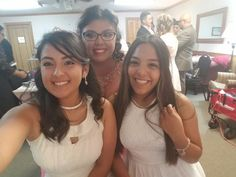 Favorite cousin desiree on the left & best friend cereanna on the right 💖😏