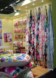 bluebellgray - Maison et Objet, Paris home interiors textiles trade show. supplies this incredible fabric to make into all kinds of soft furnishing goodies! Scarf Display, Fabric Display, Decoration Vitrine, Bluebellgray, Craft Stalls, Stand Design, Shop Interiors, Commercial Design, My New Room