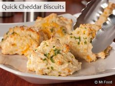 Quick Cheddar Biscuits