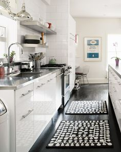 white kitchen with tribal accents