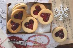 Ořechovo-čokoládové řezy | Apetitonline.cz Czech Recipes, Croatian Recipes, Confectionery, Christmas Baking, Yummy Snacks, Christmas Cookies, Cocktails, Some Recipe, Good Food