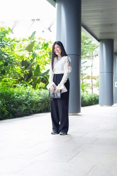 """""""Recently, I've been into creating the effortless urban city vibe, like pairing formal wide-legged pants with sneakers."""" City Vibe, Urban City, Wide Leg Pants, Pairs, Formal, Sneakers, People, Fashion, Wide Leg Trousers"""