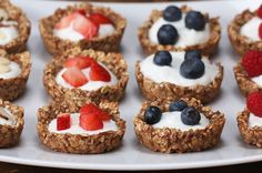 These Oatmeal Parfait Cups Are Great Breakfast Bites