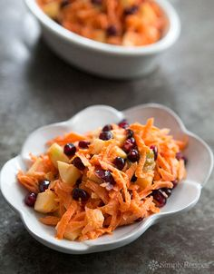 Jeweled Carrot Salad with Apple and Pomegranate on Simply Recipes. Perfect for kids and great use of pomegranate. Pomegranate Recipes, Fruit Recipes, Apple Recipes, Vegetable Recipes, Whole Food Recipes, Salad Recipes, Vegetarian Recipes, Cooking Recipes, Healthy Recipes