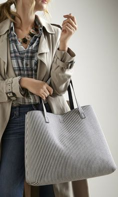 stripe bag, handbag, striped bag, stripe tote, outfit