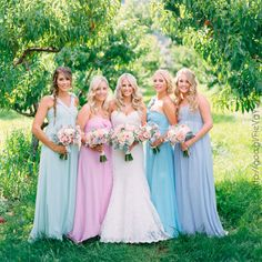 Damas de honor en tonos #pastel #Bridesmaids #dress #Wedding #YUCATANLOVE