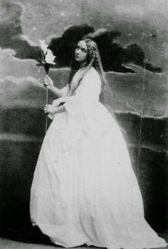 Camille Silvy : Mrs. John Leslie personnifiant la Vérité 1861