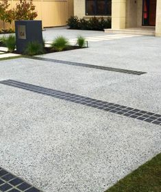 City Limits Landscapes- Landscape Design & Construction- Landscapers Perth- Exposed Aggregate Concrete Driveway