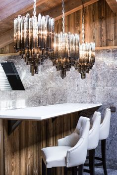 ultima-gstaad-hotel-spa-residences-deco