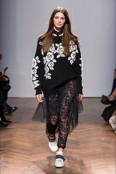 Sfilata Aniye By Milano - Collezioni Autunno Inverno 2017-18 - Vogue