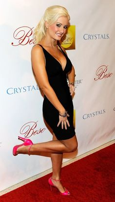 Holly Madison Photos: Beso Opening At Crystals At CityCenter - Red Carpet - Celebrity Fashion Trends
