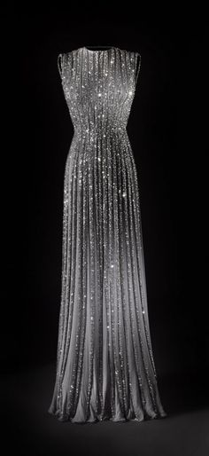 Pleated Chiffon Gown with Beading | Fashion Jot- Latest Trends of Fashion Vintage Gowns, Evening Dresses, Pleated Chiffon, Fashion, Ball Gowns, Style, Beautiful, Evening Gown, Chiffon Gowns