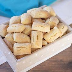 Italian Desserts, Sweet Desserts, Italian Recipes, Italian Biscuits, Gula, Sugar And Spice, Lactose Free, Cupcake Cakes, Good Food