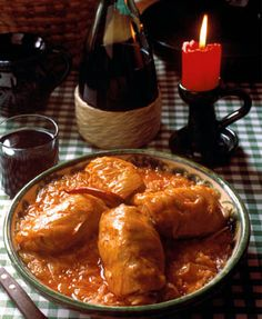 Do you want to see the secret Hungarian Christmas Recipes? This is the right place to get authentic recipes for a perfect Hungarian Christmas menu directly from my Grandmother's kitchen. Hungarian Cuisine, Hungarian Recipes, Hungarian Food, Vegetarian Cabbage Rolls, Cabbage Rolls Recipe, Christmas Dishes, Christmas Recipes, Cozy Christmas, Hungarian Stuffed Cabbage