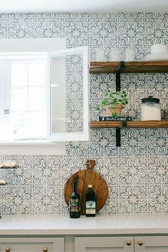 Beautiful and Unique Kitchen Backsplash Ideas...tile love