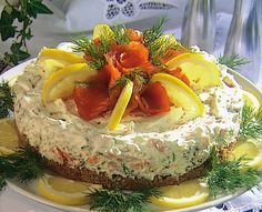 FINLAND: Lohihyytelotorttu, Laxmousse tarta, Salmon tarte