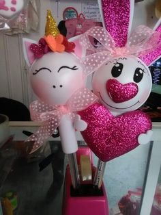Pencil Toppers, Chocolate Bouquet, Ideas Para Fiestas, Easter Crafts, Diy And Crafts, Hello Kitty, Alice, Baby Shower, Valentines