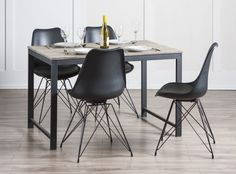 LULEA Table 4 SYLVESTER Chairs
