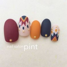 Nail art Christmas - the festive spirit on the nails. Over 70 creative ideas and tutorials - My Nails Navy Nails, Maroon Nails, Burgundy Nails, Yellow Nails, Matte Nails, Navy Nail Art, Acrylic Nails, Nail Art Jaune, Japanese Nails