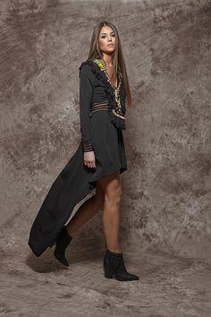 Vestido largo negro corto por delante - 247,00€ : Zaitegui - Moda y ropa de marca para señora en Encartaciones