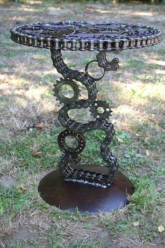 """Outstanding """"metal tree art decor"""" info is available on our internet site. Check it out and you wont be sorry you did. Welding Art Projects, Metal Art Projects, Metal Crafts, Diy Welding, Metal Welding, Welding Ideas, Welding Tools, Diy Tools, Metal Yard Art"""