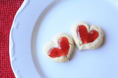 Double thumbprint cookies for Valentine's Day. Valentines Day Cookies, Valentines Day Food, Valentine Games, Valentine Ideas, Valentine Crafts, Thumbprint Cookies, Linzer Cookies, Shortbread, Heart Cookies