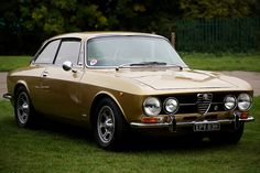 Alfa Romeo 1750 GT Veloce by FurLined, via Flickr