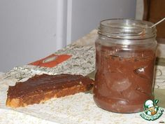 """Нутелла """"мгновенная"""".       Масло растительное (без запаха) — 350 мл     Молоко — 150 мл     Сахарная пудра — 0,5 стак.     Какао-порошок — 3 ст. л.     Молоко сухое — 2-3 ст. л.     Орехи (по желанию) — 0,5 стак.     Ванилин (по вкусу)"""
