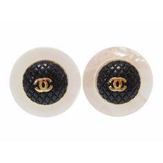 06c107bc4b771 Chanel Coco Mark Matrasse Earring Shell Plastic Gold Womens 0488 Chanel