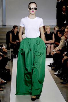 Jil Sander Spring 2011 Ready-to-Wear Fashion Show - Alla Kostromichova